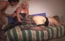 Dick loading in wet hairy cunt