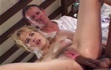 Hard interracial cuckold threesome